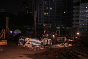 Beton mixer working Sunday night